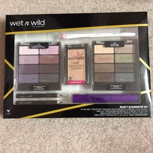 Wet n Wild Beauty Blockbuster Set